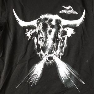 Givenchy RARE Bull Breath Tee Size Large Authentic